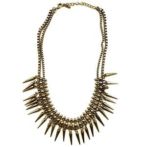3/$8🎉 Two tone silver gold metal spike necklace